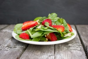 Strawberry Spinach Salad with Homemade Dressing